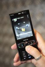 Nokia_n95_8gb_03_low